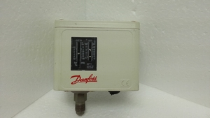 Low pressure 0.2 - 7.5 BAR switch Danfoss