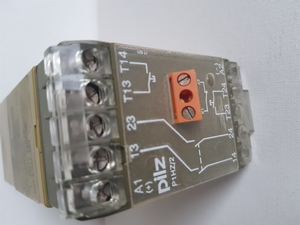 P1HZ 2 2s Pilz Ident nr 474580 Pilz safety relay